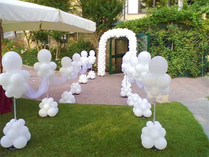 Favorito Allestimento per Matrimonio con Palloncini, ristorante, chiesa e  GA23