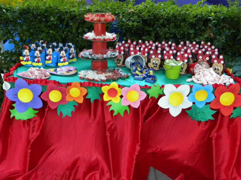Come decorare tavola per compleanno bambini come decorare for Decorare la stanza di minnie e topolino